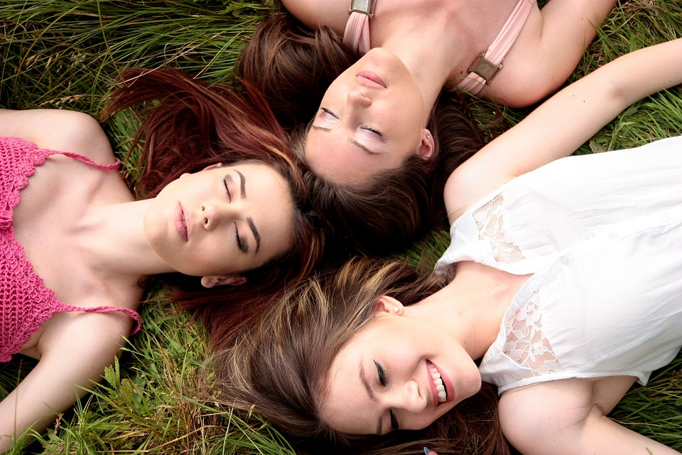 7 Beauty Tips For Girls To Enhance Your Natural Beauty